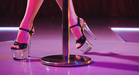 Sexy High Heels Pole Dance Bootcamp beginners